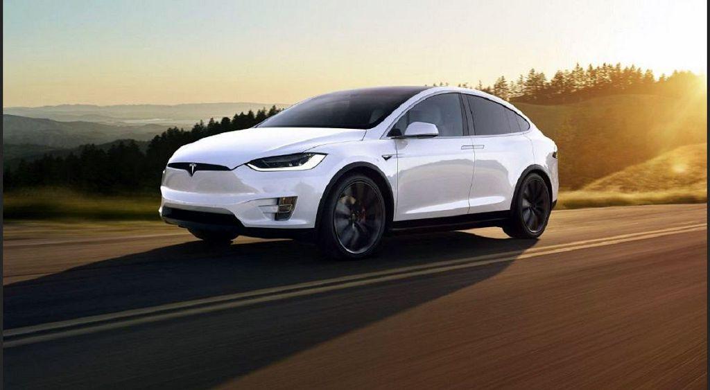 2021 Tesla Model X Interior Redesign White Pictures