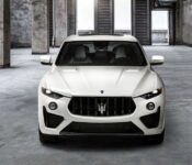 2022 Maserati Levante Q4 Newtrofeo