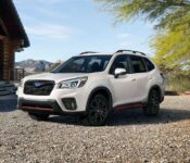 2022 Subaru Forester Limited Touring Review Pictures