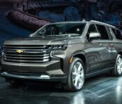 2022 Chevrolet Suburban Hd Ls 4x4 Rst High Country