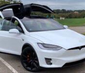 2022 Tesla Model X Interior Performance