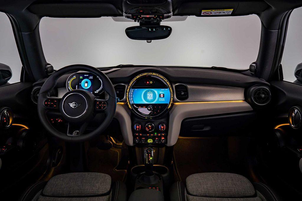 2021 Mini Cooper Se Interior Images
