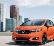 2022 Honda Fit Crosstar Sport