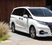 2022 Honda Odyssey Screen Protector Pictures Minivan