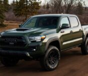 2022 Toyota Tacoma Interior Images Limited Mpg